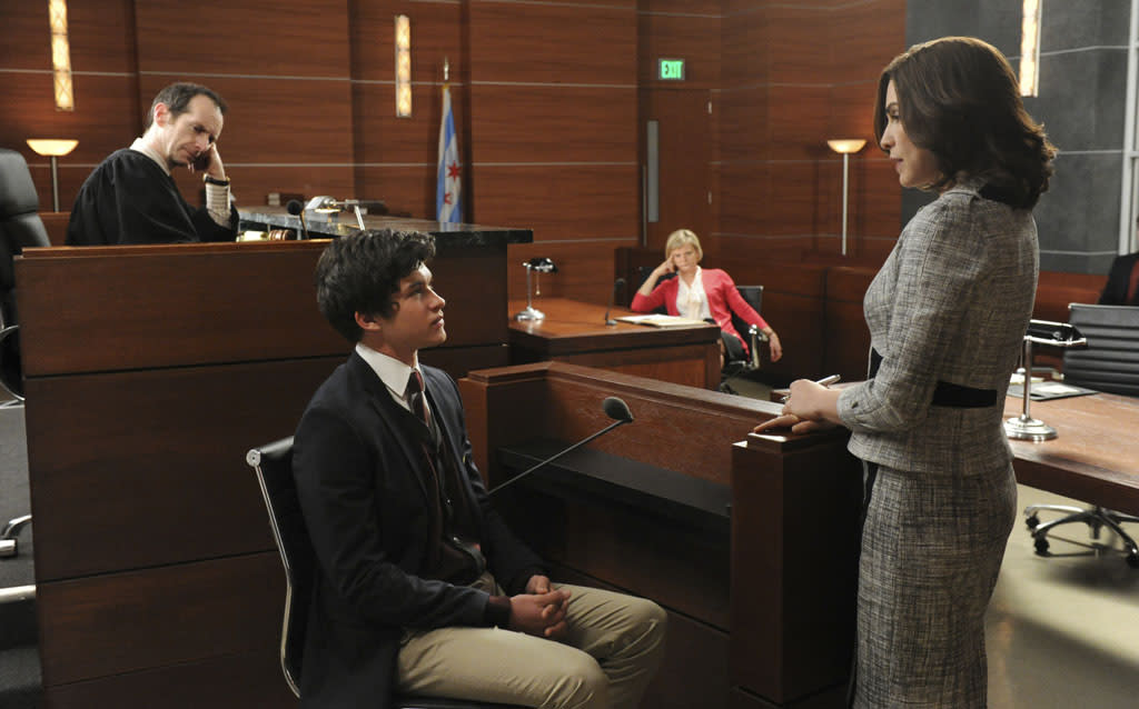 """What's in the Box?"" -- Zach (Graham Phillips) is called to the stand by Alicia (Julianna Margulies) when he witnesses possible vote tampering on the eve of the gubernatorial election as Judge Abernathy (Denis O'Hare) and Patti Nyholm (Martha Plimpton) observe, on ""The Good Wife."""