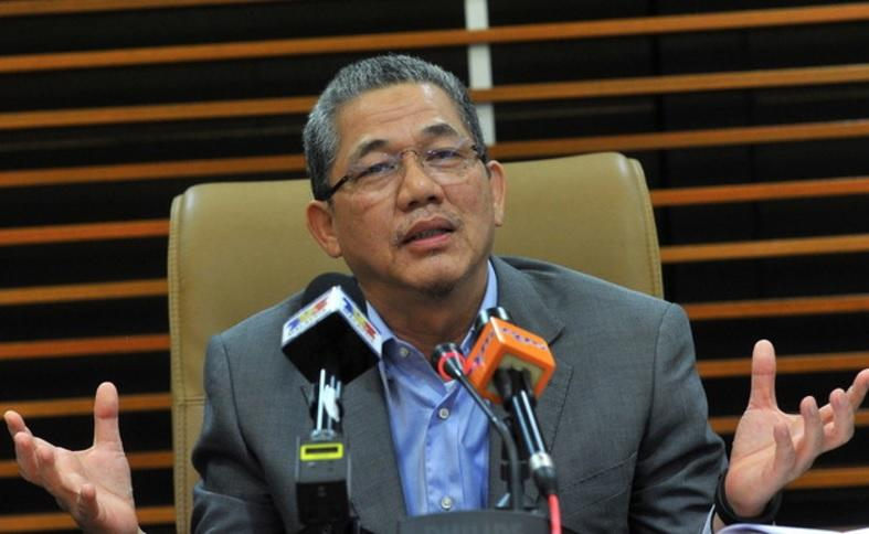 Fadillah said Sarawakians are fed up with Lim continuing to blame the previous Barisan Nasional government, saying this was just to cover up his own weaknesses. — Bernama pic