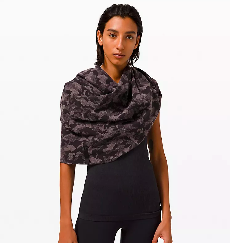 Vinyasa Scarf (Photo via Lululemon)