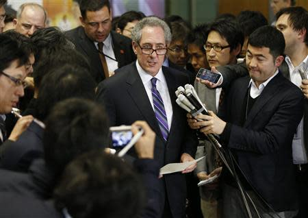 Froman speaks to media after meetings with Amari in Tokyo