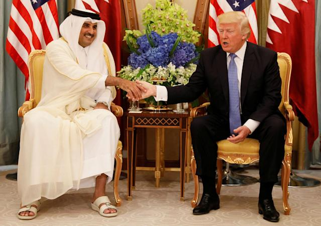 <p>Qatar's Emir Sheikh Tamim Bin Hamad Al-Thani meets with President Donald Trump in Riyadh, Saudi Arabia, May 21, 2017. (Photo: Jonathan Ernst/Reuters) </p>
