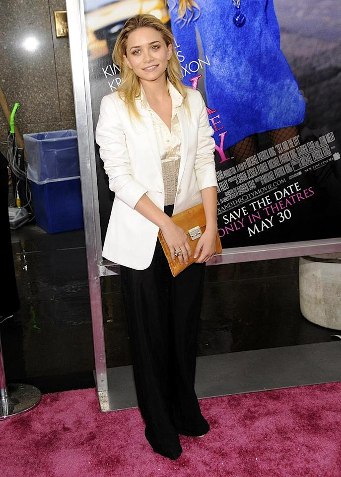 """Ashley Olsen truly disappointed upon arriving at the """"Sex and the City"""" movie premiere. Her black and white suit was beyond boring, and her limp locks lacked life. Kevin Mazur/<a href=""""http://www.wireimage.com"""" target=""""new"""">WireImage.com</a> - May 27, 2008"""
