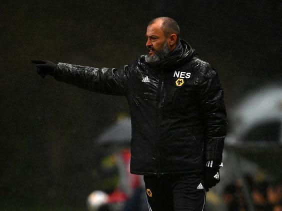 Nuno Espirito Santo directs from the touchline (Getty)