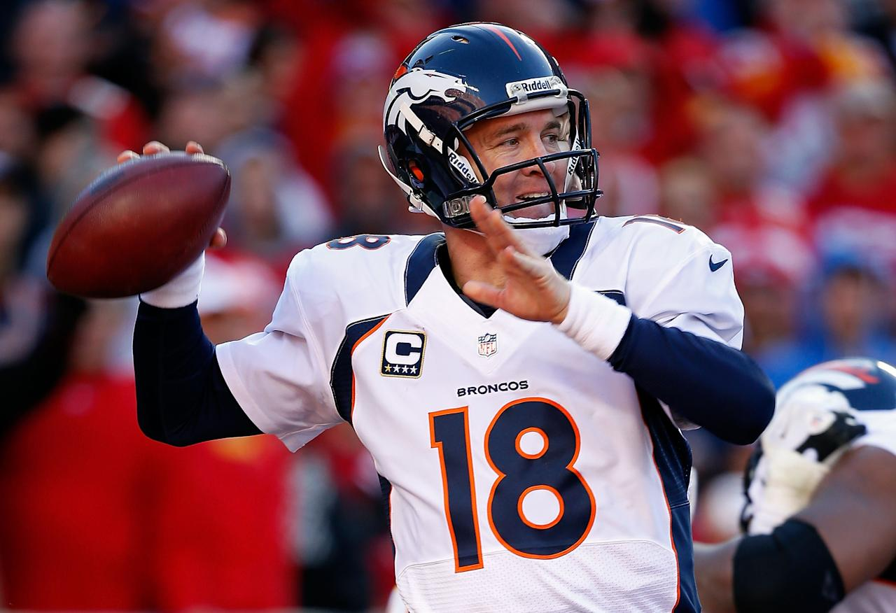 KANSAS CITY, MO - NOVEMBER 25:  Quarterback Peyton Manning #18 of the Denver Broncos passes during the game against the Kansas City Chiefs at Arrowhead Stadium on November 25, 2012 in Kansas City, Missouri.  (Photo by Jamie Squire/Getty Images)