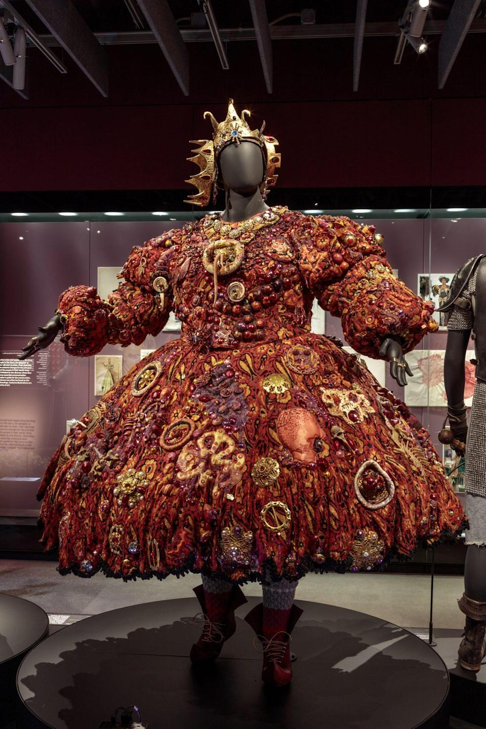 <p>At right, the costume worn by Mabel King as Evillene in <em>The Wiz. </em></p>