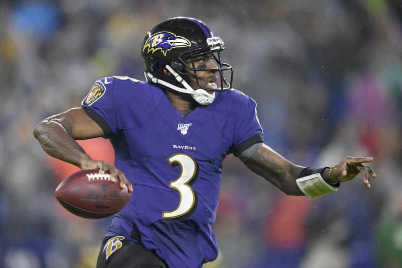 Baltimore Ravens quarterback Robert Griffin III looks to pass against the Pittsburgh Steelers during the first half of an NFL football game, Sunday, Dec. 29, 2019, in Baltimore. (AP Photo/Nick Wass)