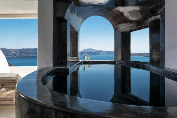 Gasp-inducing views await at Andronis Luxury Suites (Andronis Luxury Suites)