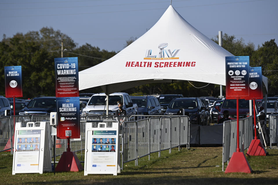 General view of a health screening tent near the entrance to the stadium prior to Super Bowl LV when the Tampa Bay Buccaneers will take on the defending champion Kansas City Chiefs at Raymond James Stadium on February 07, 2021 in Tampa, Florida. (Photo by Douglas P. DeFelice/Getty Images)