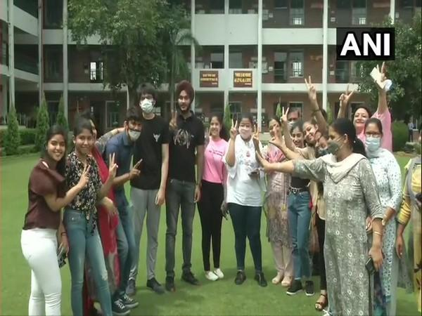Center receives mixed reaction from students as CBSE declares Class 12 board exam results. (Photo/ANI)
