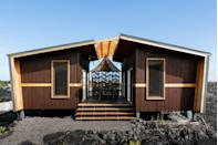 """<p><strong>Sleeps: </strong>4</p><p><strong>Bedrooms: </strong>2</p><p><strong>Why We Love It: </strong>This tiny house rental isn't for every type of bride, and that's okay. It's made for the rugged adventure seeker, and the couple looking to elope for a celebration of just two. This home offers impressive views and an almost Mars-like backdrop—it is, after all, located near an active volcano.</p><p><a class=""""link rapid-noclick-resp"""" href=""""https://go.redirectingat.com?id=74968X1596630&url=https%3A%2F%2Fwww.airbnb.com%2Frooms%2Fplus%2F22196849%3Flocation%3DHawaii%252C%2BUnited%2BStates%26source_impression_id%3Dp3_1596635103_gWWmFPoFQqSrAETE%26guests%3D1%26adults%3D1&sref=https%3A%2F%2Fwww.harpersbazaar.com%2Fwedding%2Fplanning%2Fg34670031%2Fbest-north-american-airbnbs-for-weddings%2F"""" rel=""""nofollow noopener"""" target=""""_blank"""" data-ylk=""""slk:BOOK"""">BOOK</a><br></p>"""