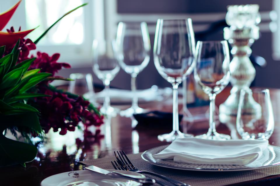 Over 175 COVID-19 cases have been linked to an August wedding in Maine. Experts say it's a reminder that large indoor gatherings can be deadly. (Getty Images)