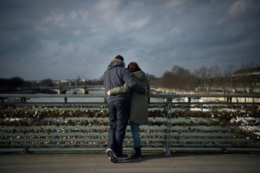 'Love locks' on the block in Paris charity auction