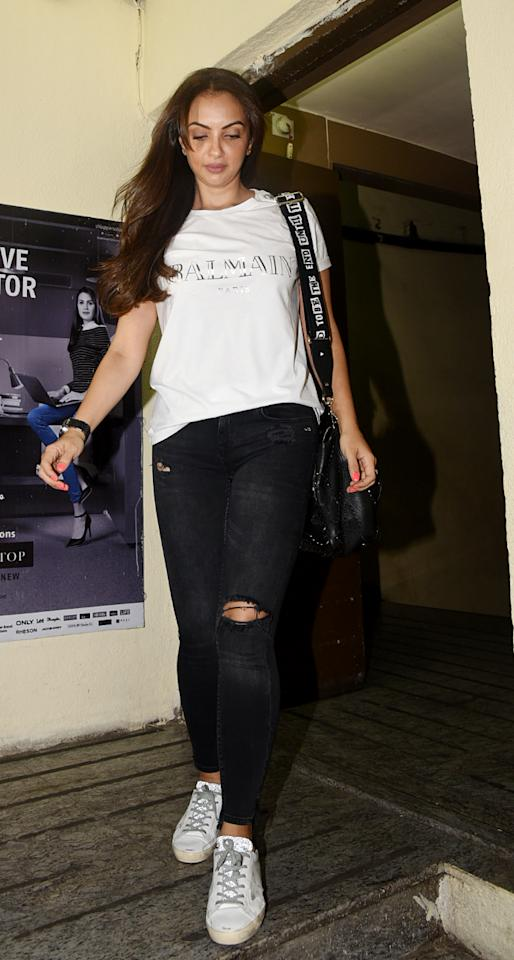 <p>The cast of Race 3 including Salman, Jacqueline Fernandez, Bobby Deol, Anil Kapoor and Daisy Shah were also seen attending the show. </p>