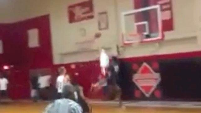Unknown Florida guard Christian Terrell throws down dunk of the year