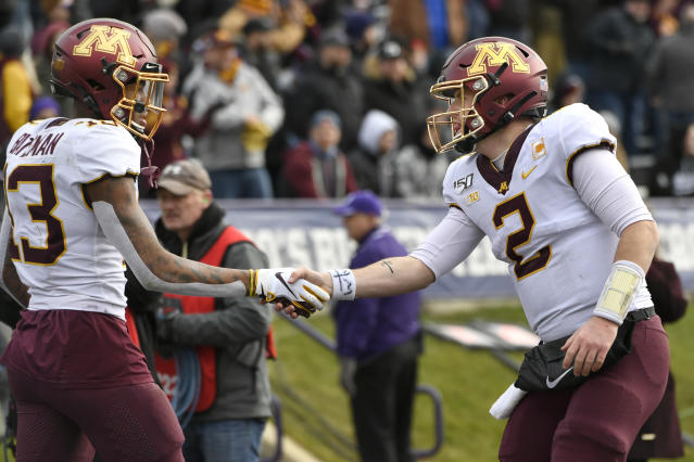 Minnesota wide receiver Rashod Bateman and quarterback Tanner Morgan should be a dynamic duo in 2020. (AP Photo/Paul Beaty)