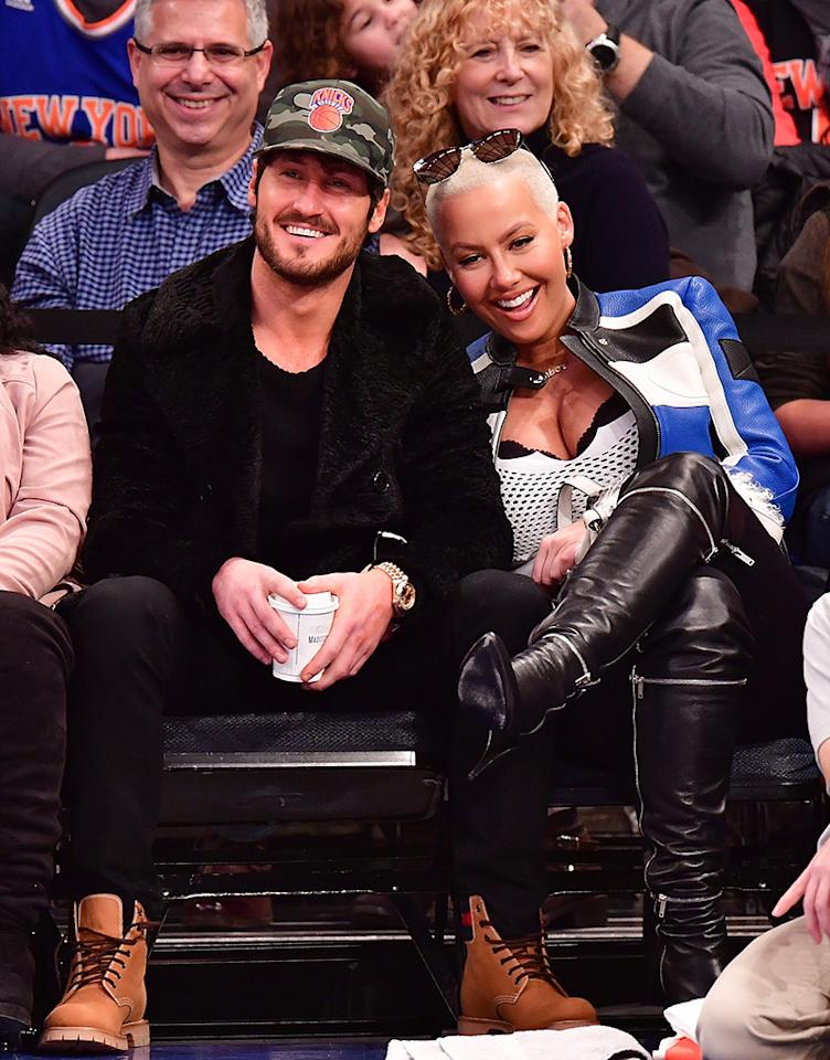 "<p>Nearby, new loves Val Chmerkovskiy and Amber Rose were adorable as they attended the same game at Madison Square Garden. They were even captured on <a rel=""nofollow"" href=""https://www.yahoo.com/celebrity/amber-rose-val-chmerkovskiy-caught-084700264.html"">the Kiss Cam</a>! (Photo: James Devaney/GC Images) </p>"