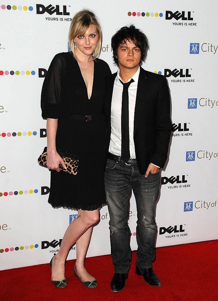"British singer/songwriter Jamie Cullum was in desperate need of a sleeker pair of pants ... and a comb! Jordan Strauss/a href=""http://www.wireimage.com"" target=""new"">WireImage.com - October 15, 2008"