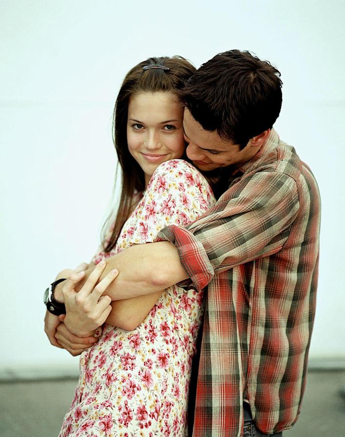 Mandy Moore And Shane West In 'A Walk To Remember' (Alamy)