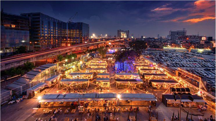 Held on 14-16 April and 21-23 April, Artbox Singapore will be located at Bayfront Event Space from 3pm to 11pm.