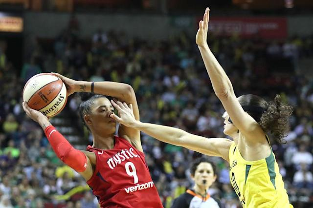 "The Mystics' <a class=""link rapid-noclick-resp"" href=""/wnba/players/5330/"" data-ylk=""slk:Natasha Cloud"">Natasha Cloud</a> works against the Storm's <a class=""link rapid-noclick-resp"" href=""/wnba/players/500/"" data-ylk=""slk:Sue Bird"">Sue Bird</a> in Game 1 of the WNBA Finals. (Getty Images)"