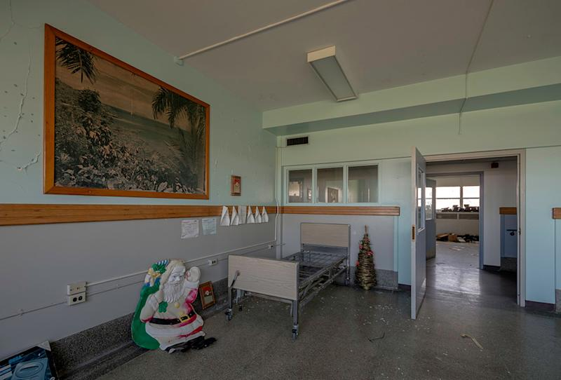 Abandoned medical institution at unnamed location. (Photo: Freaktography/Caters News)