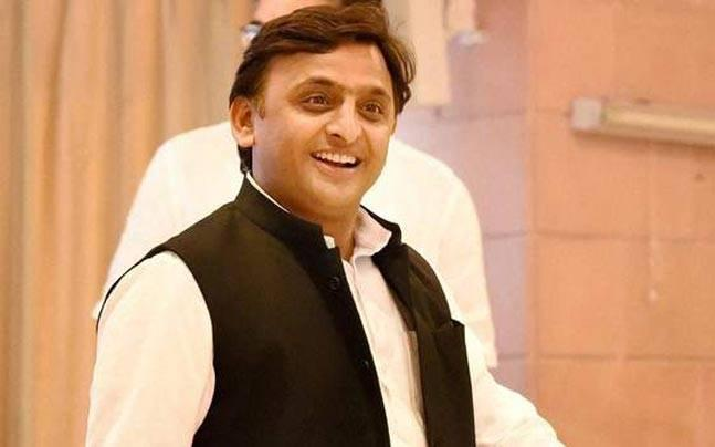 The mysterious case of Gujarat government schoolbags having Akhilesh Yadav pictures