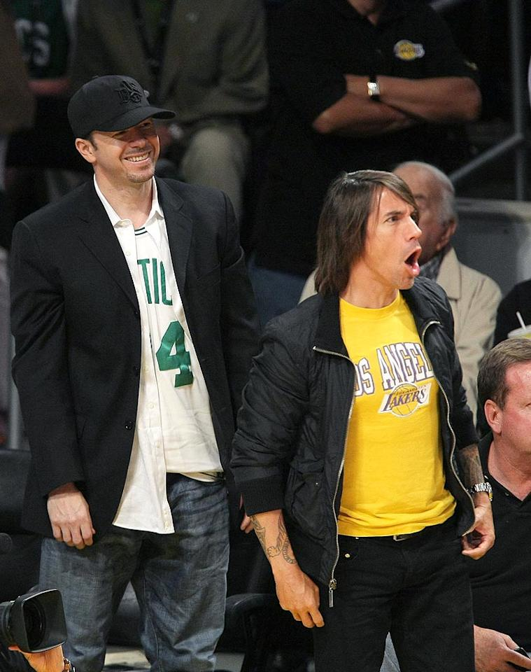 """Donnie Wahlberg roots for his hometown heroes, while Anthony Kiedis remains dedicated to the SoCal basketball stars. Noel Vasquez/<a href=""""http://www.gettyimages.com/"""" target=""""new"""">GettyImages.com</a> - June 10, 2008"""