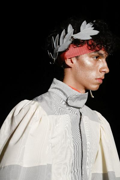 Palomo's show was full of Roman accessories (AFP Photo/FRANCOIS GUILLOT)