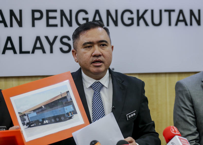Transport Minister Anthony Loke speaks during a press conference at the Transport Ministry in Putrajaya April 24, 2019. — Picture by Firdaus Latif