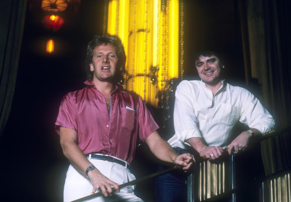 SYDNEY, AUSTRALIA - 1980s: (L-R) Graham Russell and Russell Hitchcock from the Australian rock group 'Air Supply' in the 1980s in Sydney, Australia. (Photo by Peter Carrette Archive/Getty Images)
