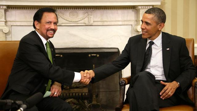 Obama Urges Brunei Sultan To 'Do Some Shopping' In U.S