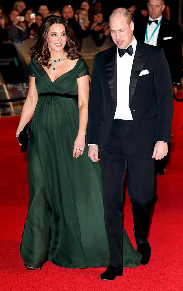 <p>The expectant mom glowed in green at the BAFTA Awards on Sunday night, while her husband looked dashing in a tuxedo with tails. (Photo: Max Mumby/Indigo/Getty Images) </p>