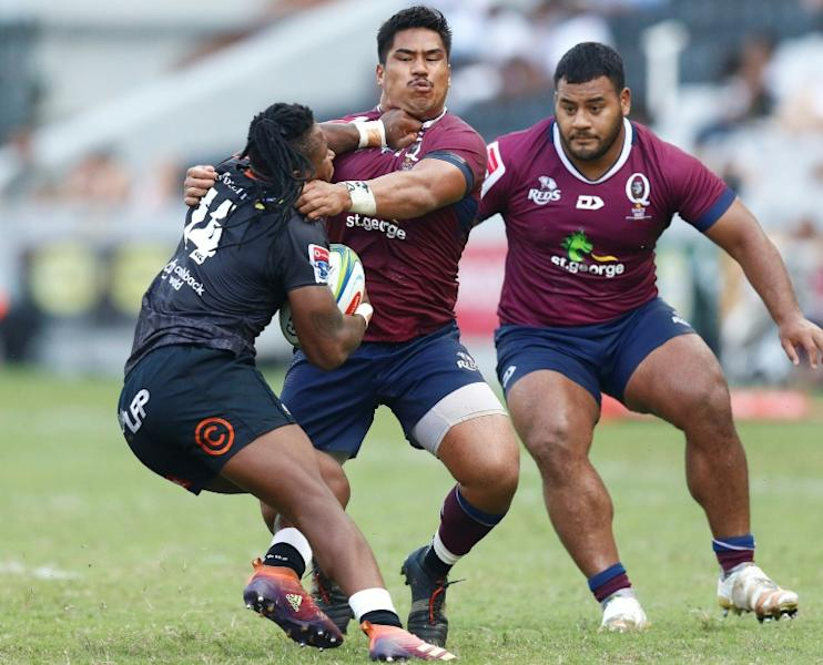 Sbu Nkosi (L) and the Sharks (L) have lost three in a row at home
