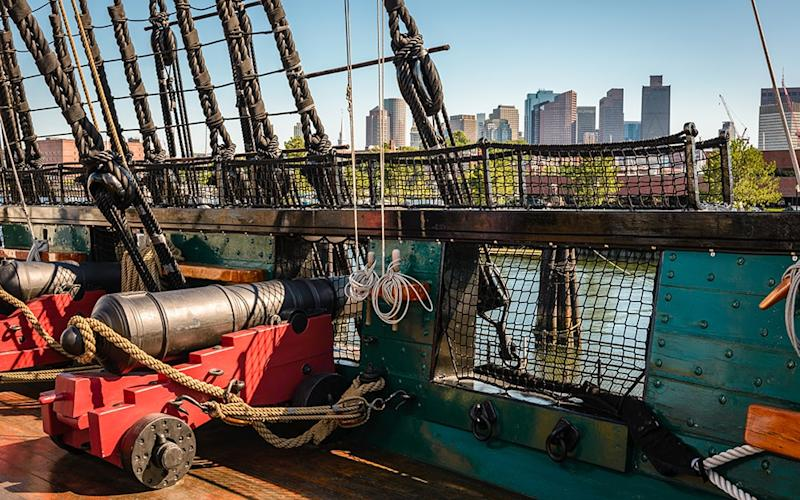 Boston's Freedom Trail unites 16 of the city's historic places, including the world's oldest commissioned warship still afloat - MDBrockmann