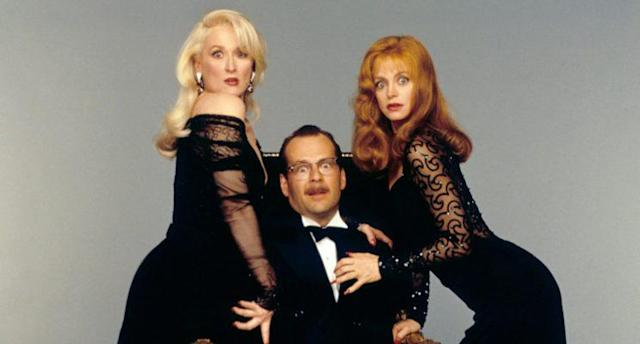 Meryl Streep, Bruce Willis, and Goldie Hawn in <em>Death Becomes Her</em>. (Photo: Everett Collection)