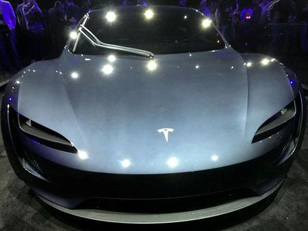 Tesla's new Roadster is unveiled during a presentation in Hawthorne, California, U.S., November 16, 2017.      REUTERS/Alexandria Sage