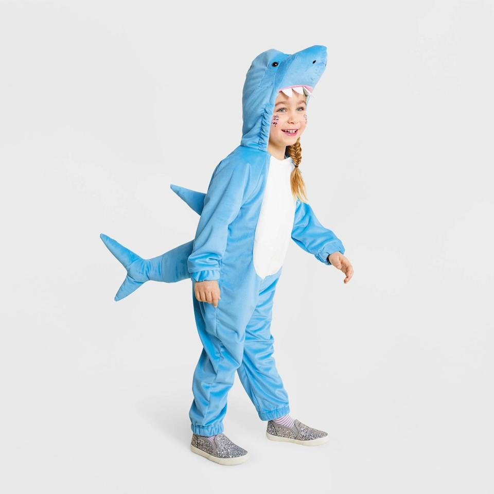 "<p>If your kiddo is obsessed with the song ""Baby Shark"" then this <a href=""https://www.popsugar.com/buy/Toddler-Plush-Shark-Halloween-Costume-496585?p_name=Toddler%20Plush%20Shark%20Halloween%20Costume&retailer=target.com&pid=496585&price=25&evar1=moms%3Aus&evar9=46700813&evar98=https%3A%2F%2Fwww.popsugar.com%2Ffamily%2Fphoto-gallery%2F46700813%2Fimage%2F46701387%2FToddler-Plush-Shark-Halloween-Costume&list1=shopping%2Ctarget%2Challoween%2Ctoddlers%2Challoween%20costumes%2Challoween%20for%20kids%2Ckid%20halloween%20costumes%2Challoween%20costumes%202019&prop13=api&pdata=1"" rel=""nofollow"" data-shoppable-link=""1"" target=""_blank"" class=""ga-track"" data-ga-category=""Related"" data-ga-label=""https://www.target.com/p/toddler-plush-shark-halloween-costume-hyde-eek-boutique-153/-/A-54405354?preselect=75667764#lnk=sametab"" data-ga-action=""In-Line Links"">Toddler Plush Shark Halloween Costume </a> ($25) will excite them.</p>"