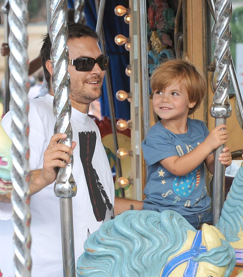 "Kevin Federline enjoys a carousel ride with son Sean Preston in Paris. A/<a href=""http://www.x17online.com"" target=""new"">X17 Online</a> - July 5, 2009"