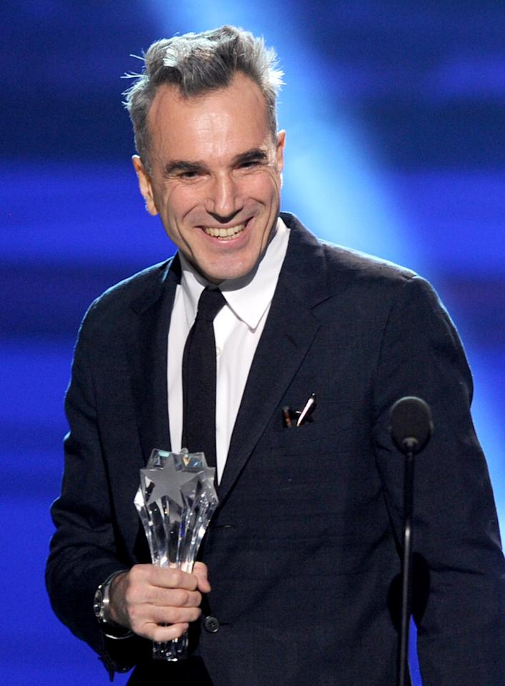 "SANTA MONICA, CA - JANUARY 10:  Actor Daniel Day-Lewis accepts the Best Actor Award for ""Lincoln"" onstage at the 18th Annual Critics' Choice Movie Awards held at Barker Hangar on January 10, 2013 in Santa Monica, California.  (Photo by Kevin Winter/Getty Images)"