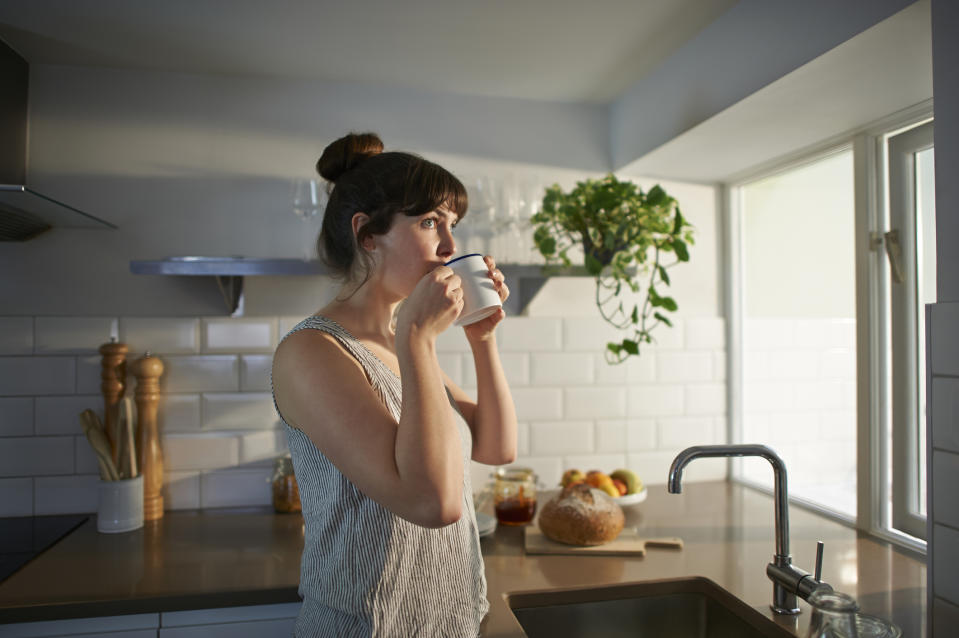Science says a cup of tea could help cool you down in hot weather. (Getty Images)