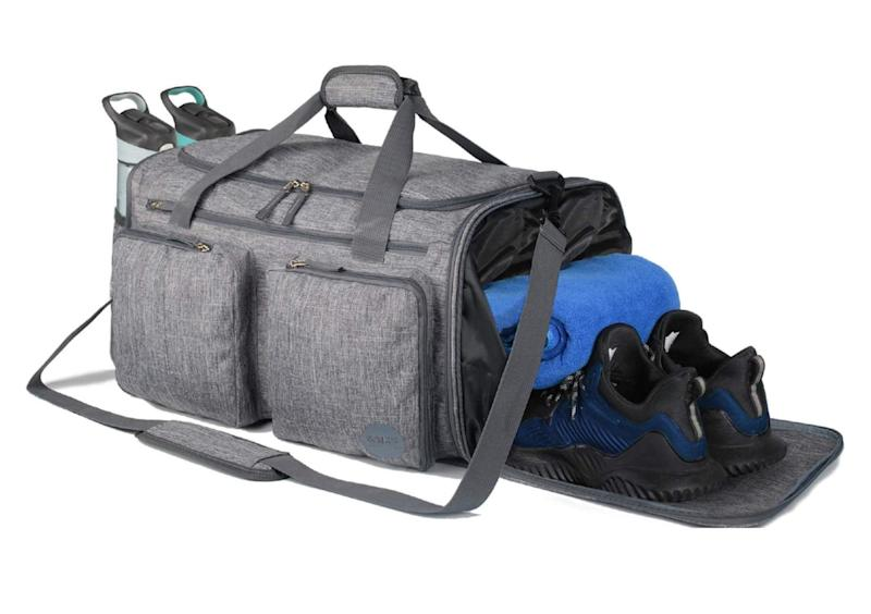 Foldable Sports Gym Bag with Wet Bag & Shoes Compartment. (Photo: Amazon)