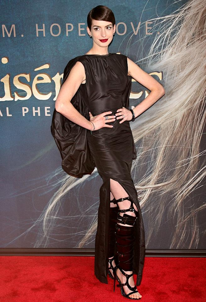 """NEW YORK, NY - DECEMBER 10:  Actress Anne Hathaway attends the  """"Les Miserables"""" New York premiere at Ziegfeld Theatre on December 10, 2012 in New York City.  (Photo by Jim Spellman/WireImage)"""