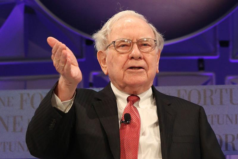 Buffett backs Occidental's bid for Anadarko with US$10B pledge