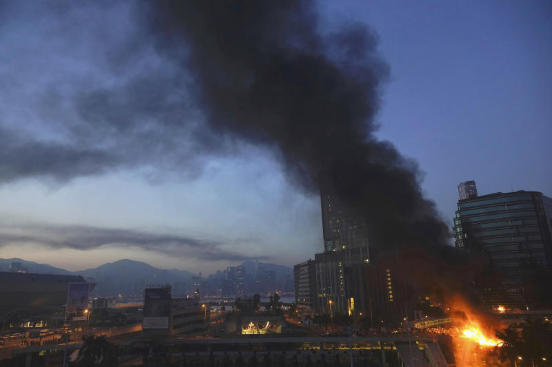 A fire burns near the campus of Hong Kong Polytechnic University in Hong Kong, early Nov. 18, 2019. (Photo: Vincent Yu/AP)