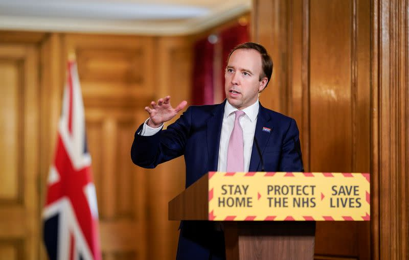 Health minister hails responsible behaviour after English pubs reopen