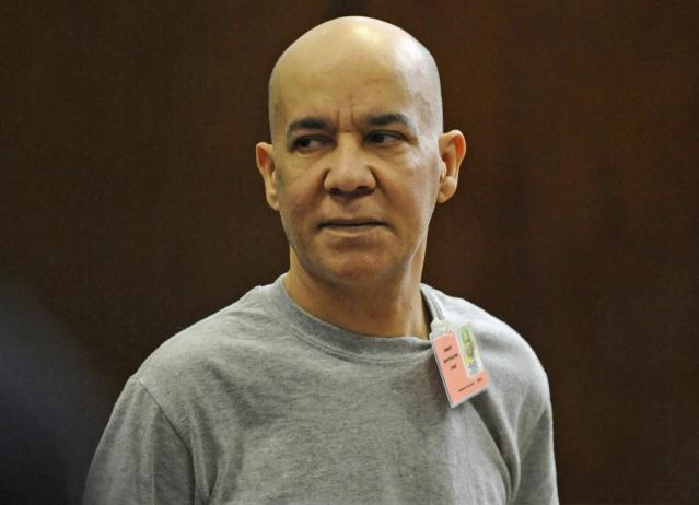 Pedro Hernandez appears in Manhattan Criminal Court in New York, in this file photo taken November 15, 2012. Jury selection was set to begin Monday in the murder trial of Hernandez, accused of kidnapping and killing 6-year-old Etan Patz decades ago in a notorious case that brought attention to the issue of missing children. REUTERS/Louis Lanzano/Pool/Files (UNITED STATES - Tags: CRIME LAW)