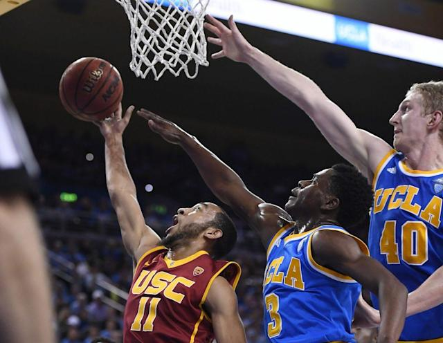 "<a class=""link rapid-noclick-resp"" href=""/ncaab/players/131312/"" data-ylk=""slk:Aaron Holiday"">Aaron Holiday</a> and <a class=""link rapid-noclick-resp"" href=""/ncaab/players/126437/"" data-ylk=""slk:Thomas Welsh"">Thomas Welsh</a> both will be veteran leaders for UCLA next season. (AP)"