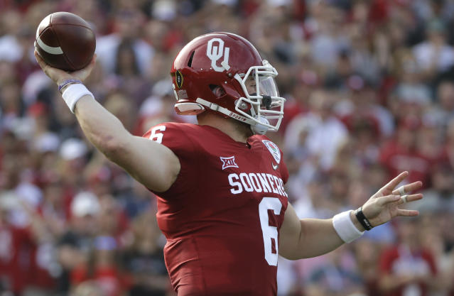 Oklahoma quarterback Baker Mayfield passes against Georgia during the first half of the Rose Bowl NCAA college football game Monday, Jan. 1, 2018, in Pasadena, Calif. (AP Photo/Jae C. Hong)