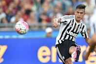 Juventus forward Paulo Dybala during the Serie A match against Roma on August 30, 2015 at the Olympic stadium in Rome (AFP Photo/Alberto Pizzoli)