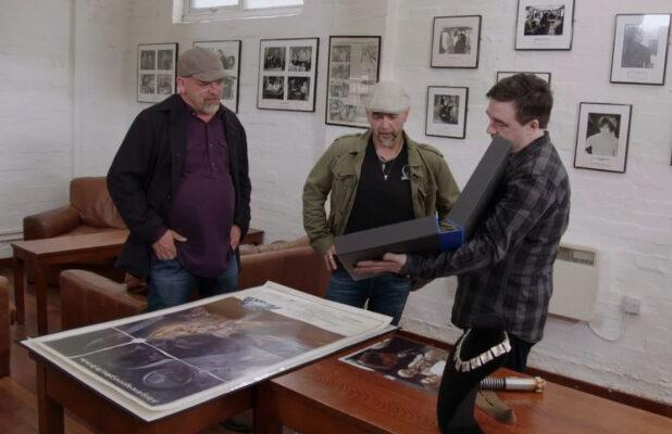 Watch the 'Pawn Stars' Guys Fawn Over George Lucas' Original 'Star Wars' Script (Exclusive Video)